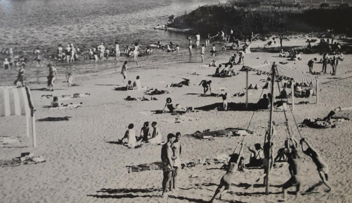 beach exhibit 1