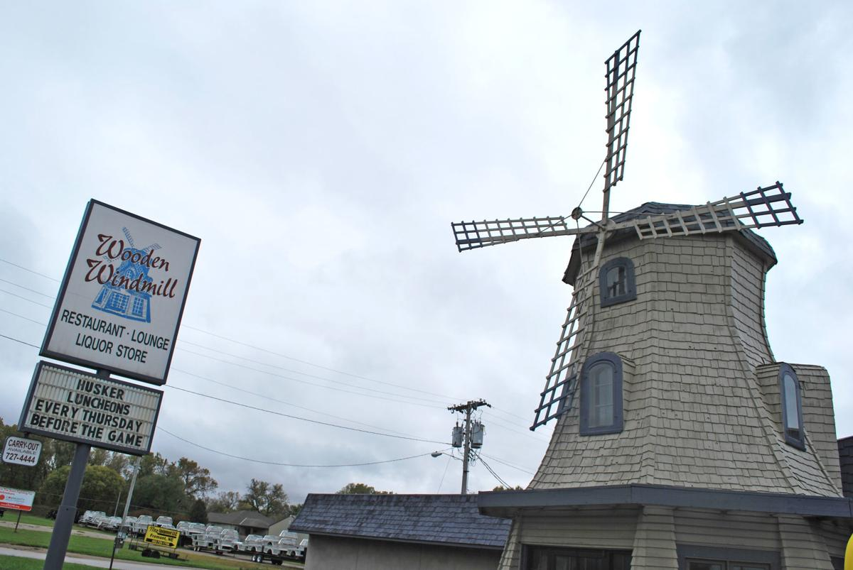wooden windmill2