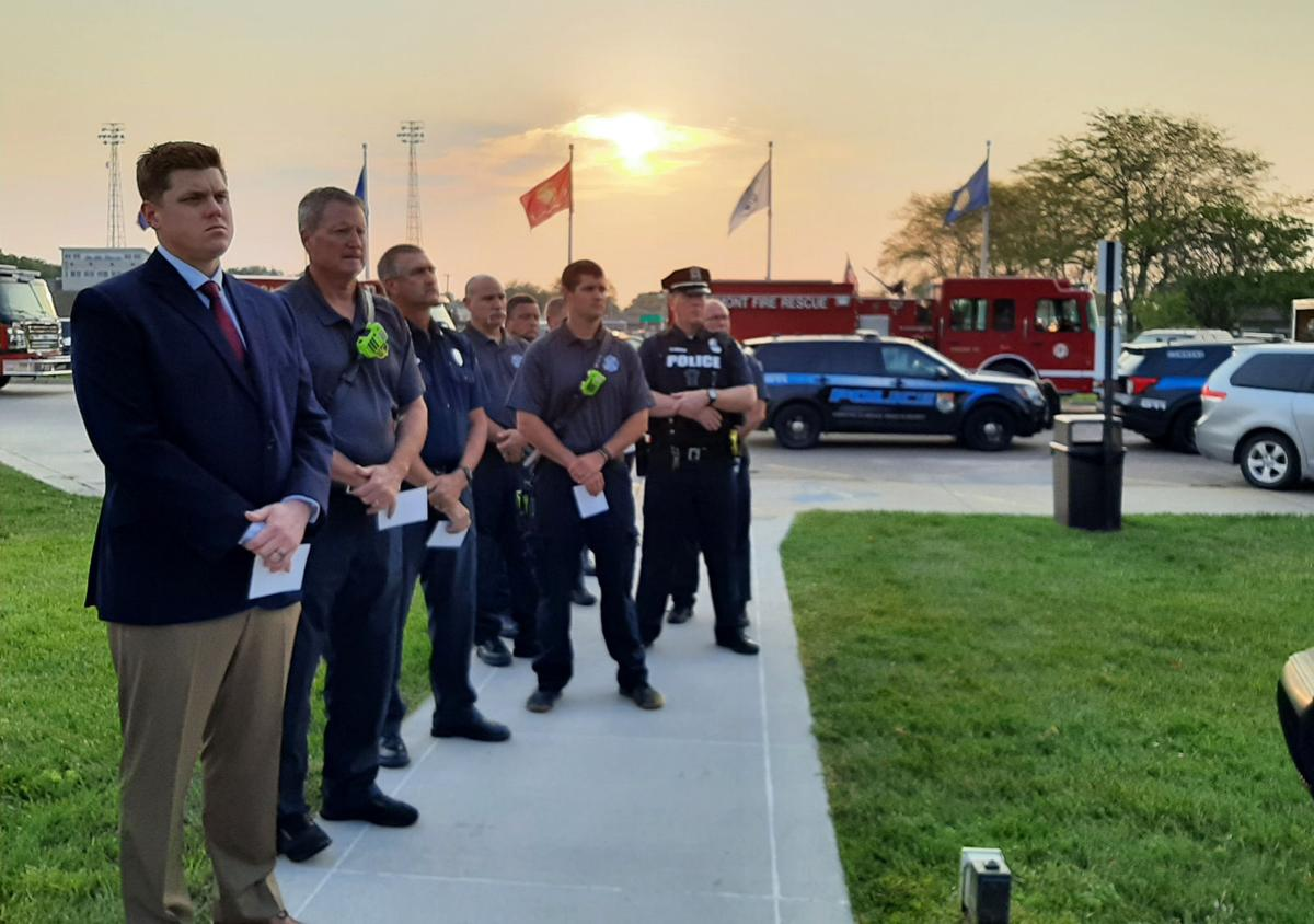 Firefighters and mayor at Veterans Park