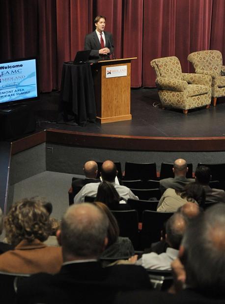 Sasse speaks at Health Care Summit