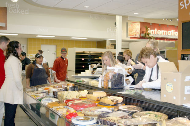 plattsmouth hy vee to open dec 3 - Hyvee Christmas Eve Hours