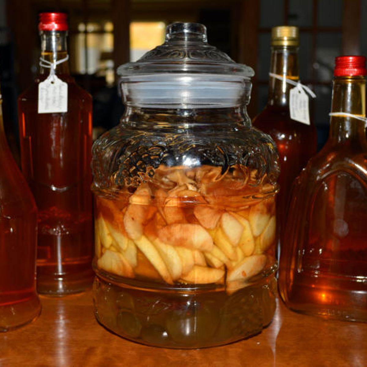 Homemade Apple Liqueur Is Like Sipping A Taste Of Autumn Food And Cooking Fremonttribune Com