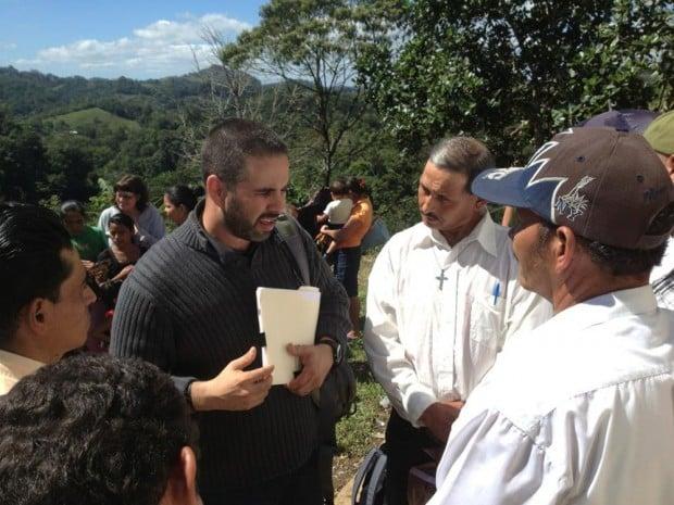 Man helps others through organic farming