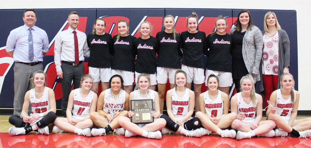 Weeping Water team photo with championship plaque