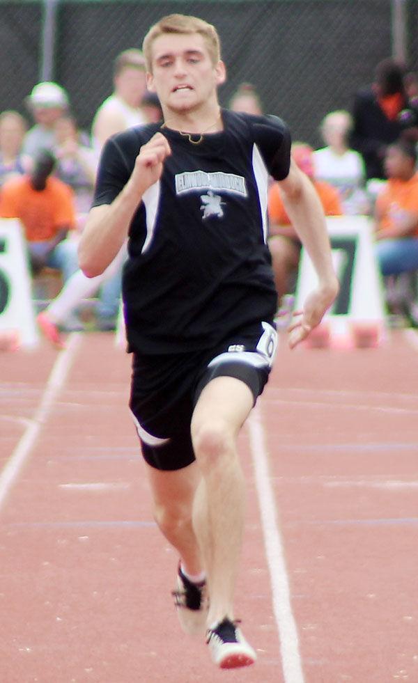 Elmwood-Murdock Carter Bornemeier 100 meters finals