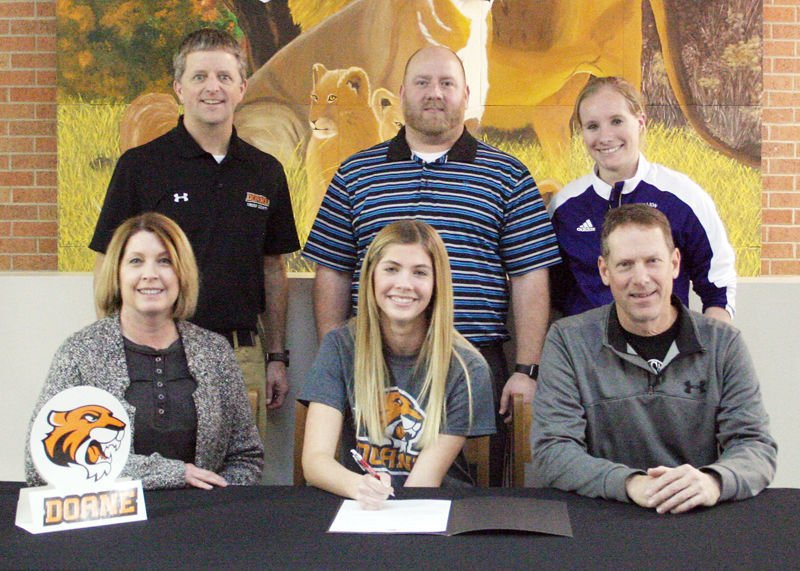 Maddy Sladky signs with Doane cross country