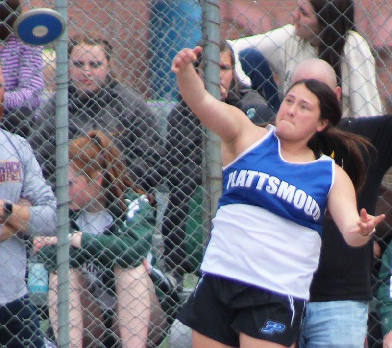 Plattsmouth Rylee Hellbusch in discus