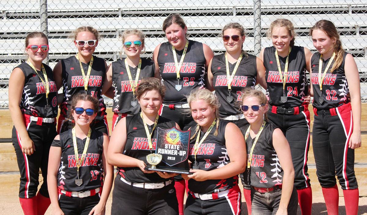 Weeping Water softball state runner-up photo with players