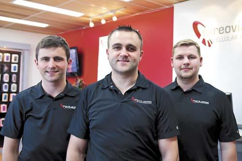 Brothers launch cellular accessory and repair store