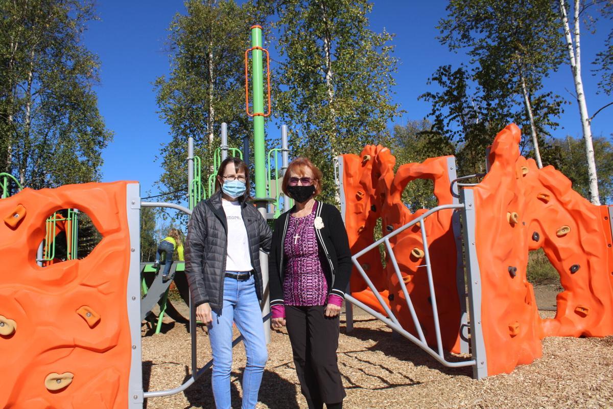 Carole and Linda Menard