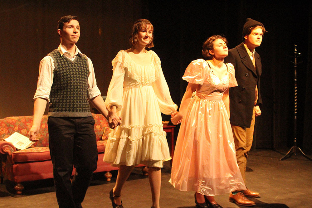 Colony High School Presents The Glass Menagerie Arts Entertainment Frontiersman Com