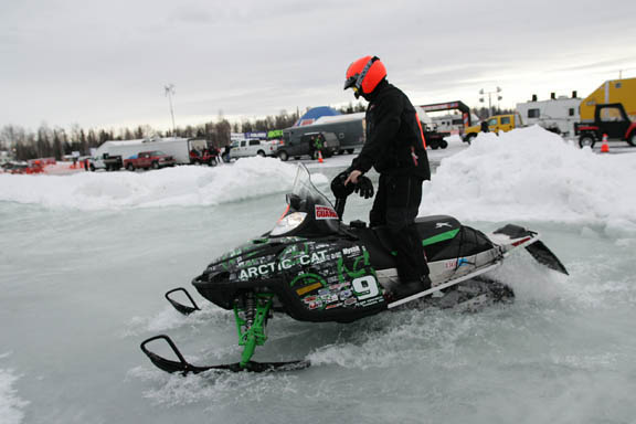 2010 iron dog snowmachine race sports. Black Bedroom Furniture Sets. Home Design Ideas