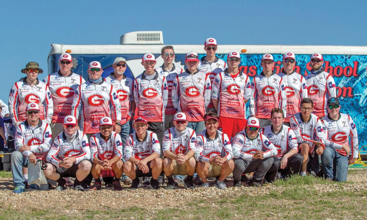Gainesville bass fishing team in action at regionals for Texas high school fishing