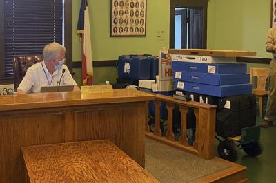 Getting more equipment: Commissioners OK purchase of election machines