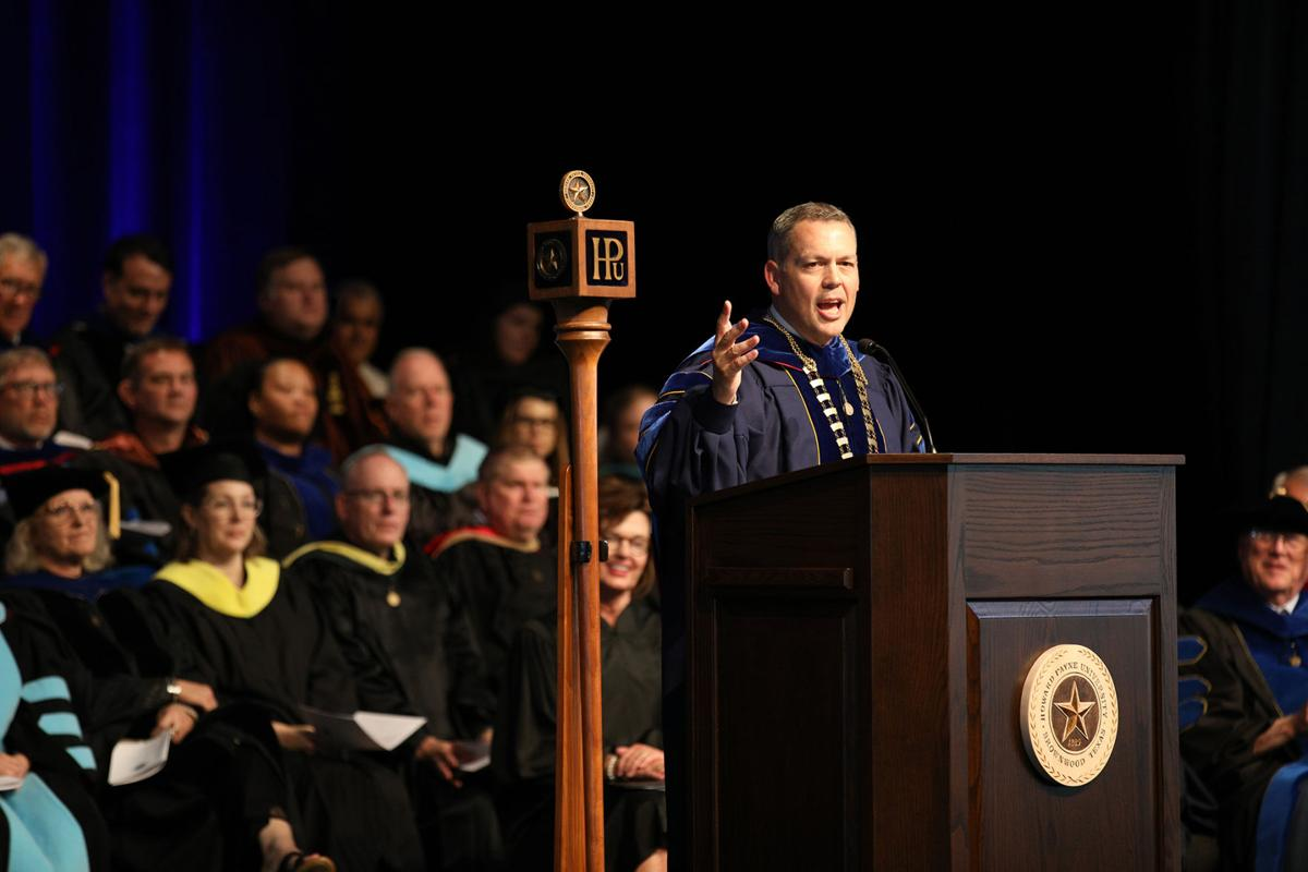 Dr. Hines delivers inauguration address.jpg