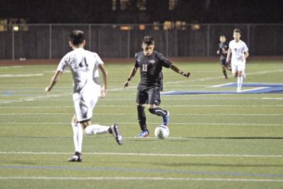 Leopards begin season on fire on the way to 5-0 record