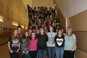 Callisburg students collect food for homeless