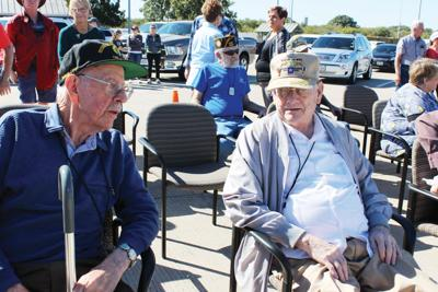 World War II veterans meet at Texas Travel Information Center
