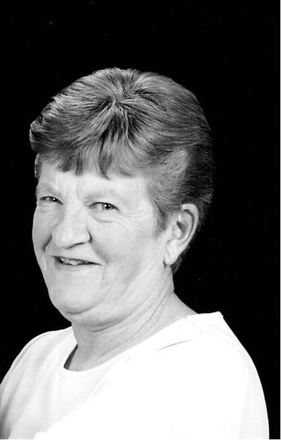 Carol Kelly (Leuty)