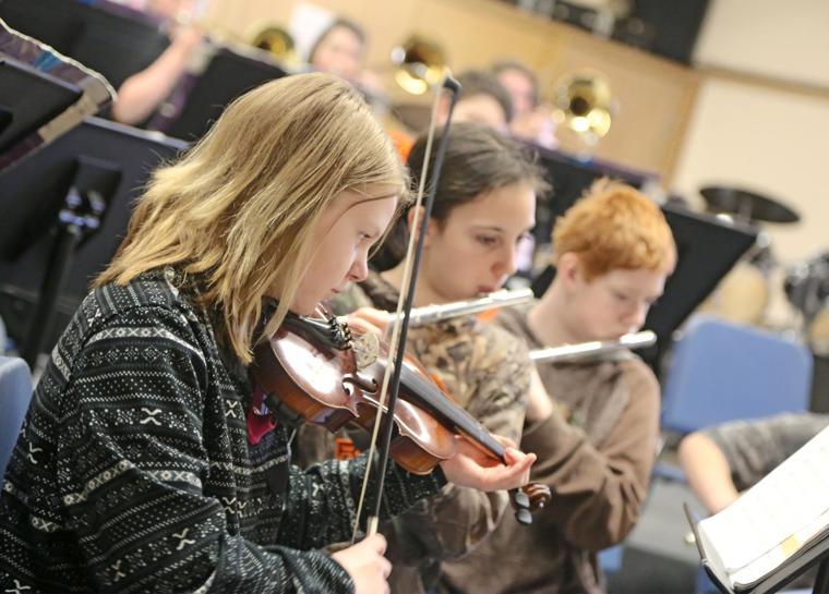 Music students plan concert
