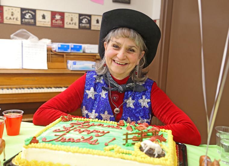 Lynne Wetterlin retires at Valley Vista