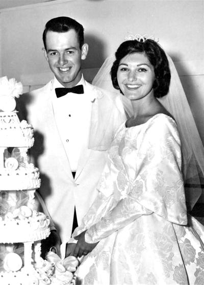 Heatons celebrate 60th wedding anniversary