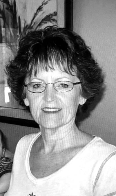 Suzanne Cox (Hartnett)