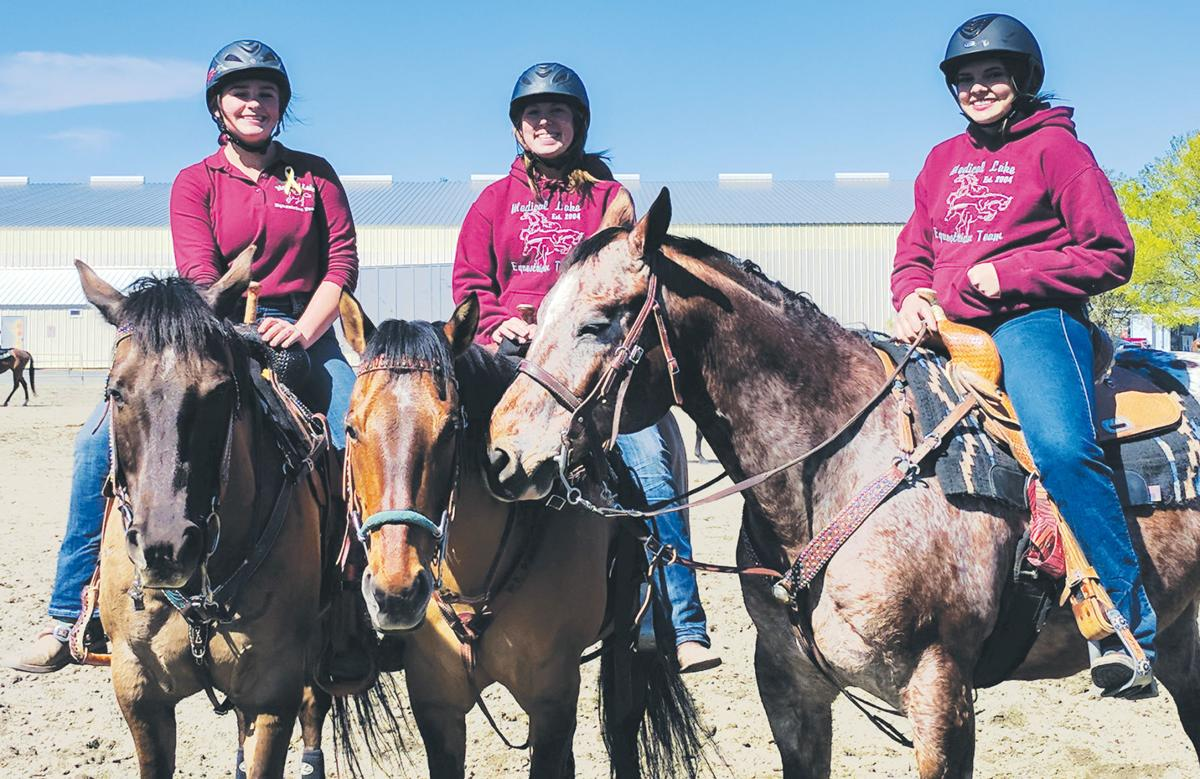 Local equestrian riders at state this weekend