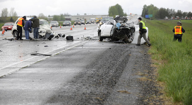 Woman from Lebanon, man from Roseburg killed in head-on crash on