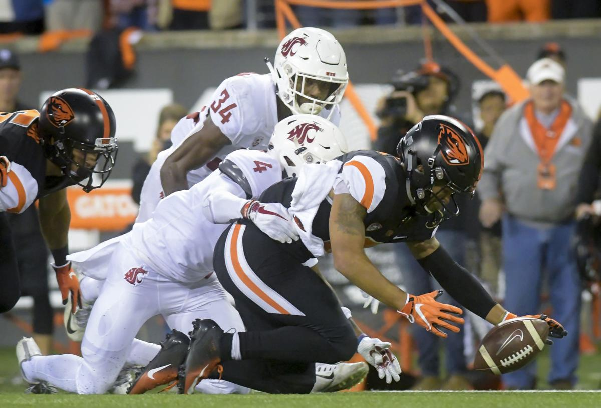 OSU vs WSU football fumble recovery