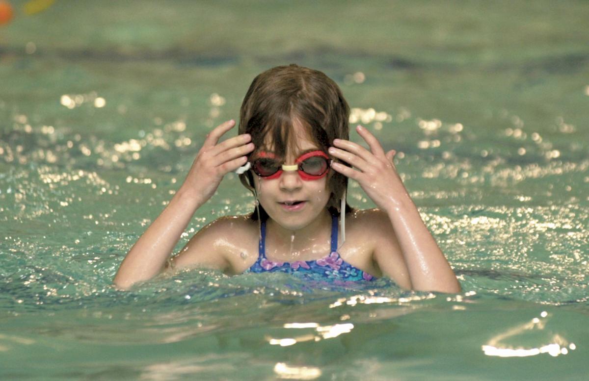 022212-adh-nws-DH February 2001-Flashback Swim