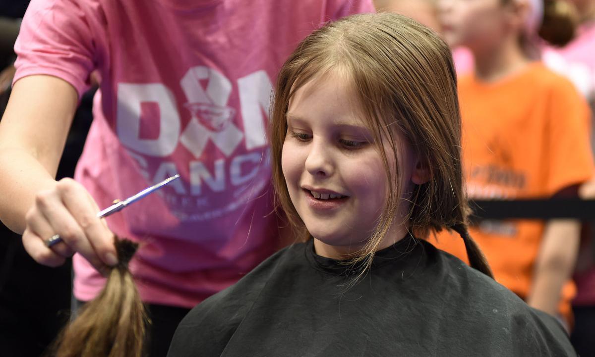 040216-cgt-nws-hair-raising-gv01.JPG