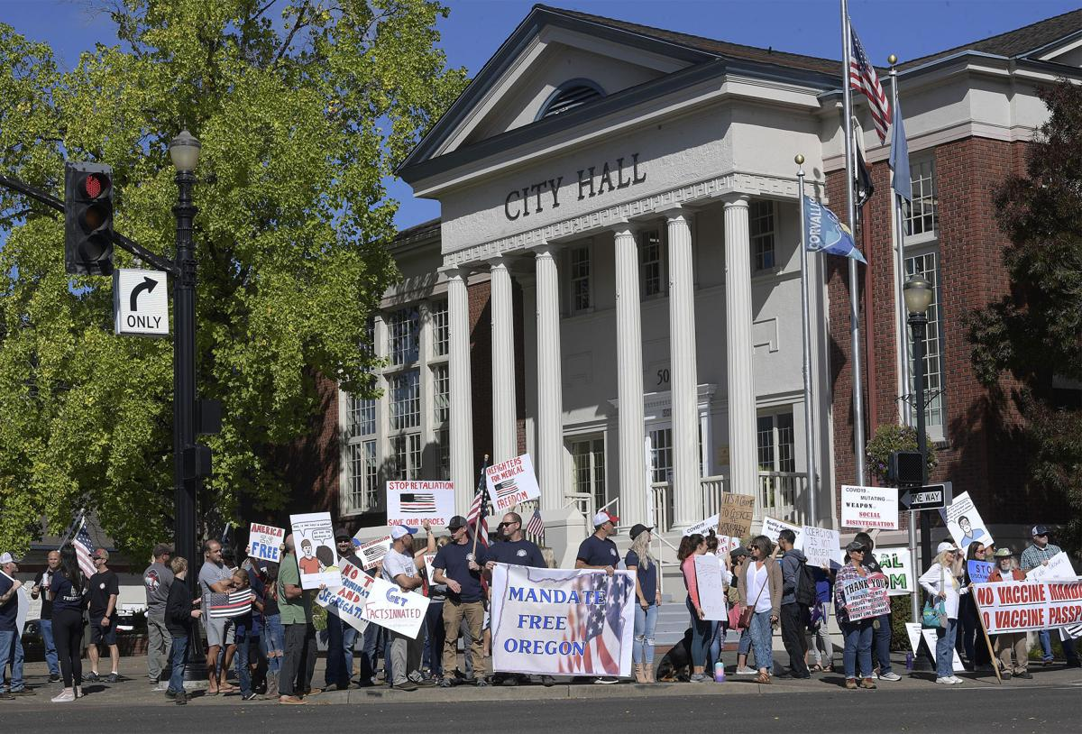 092421-adh-nws-Corvallis Protest02