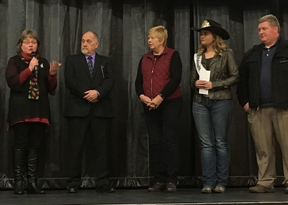 Philomath Frolic & Rodeo donates