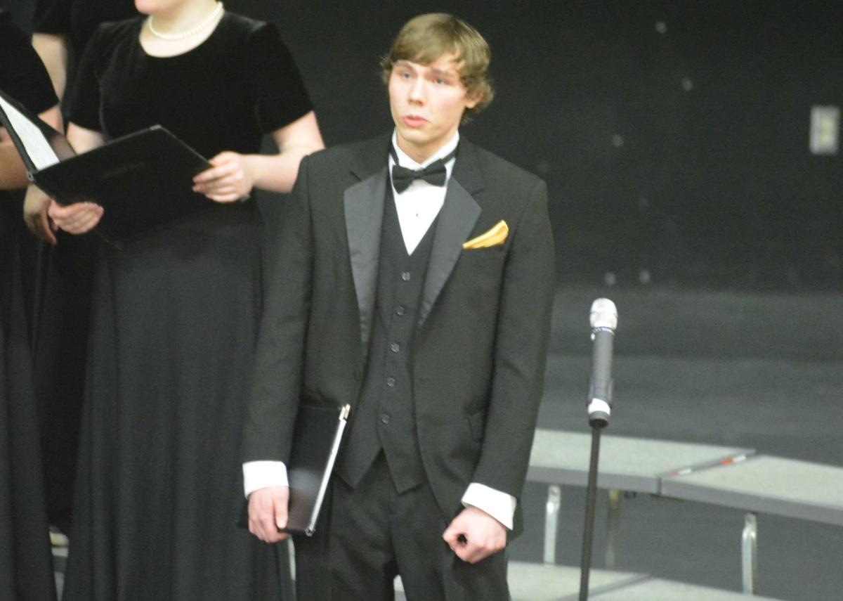 Concert choir: Matthew Goschie