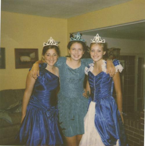 Brooke Wilberger and friends on Halloween | | gazettetimes com