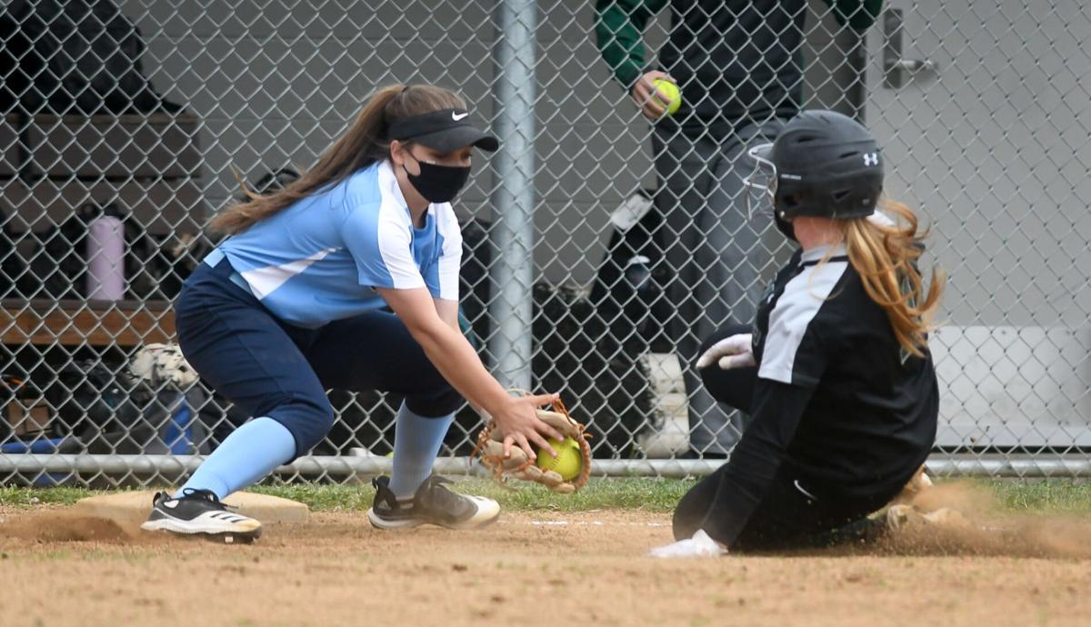 Corvallis vs West Salem softball 02