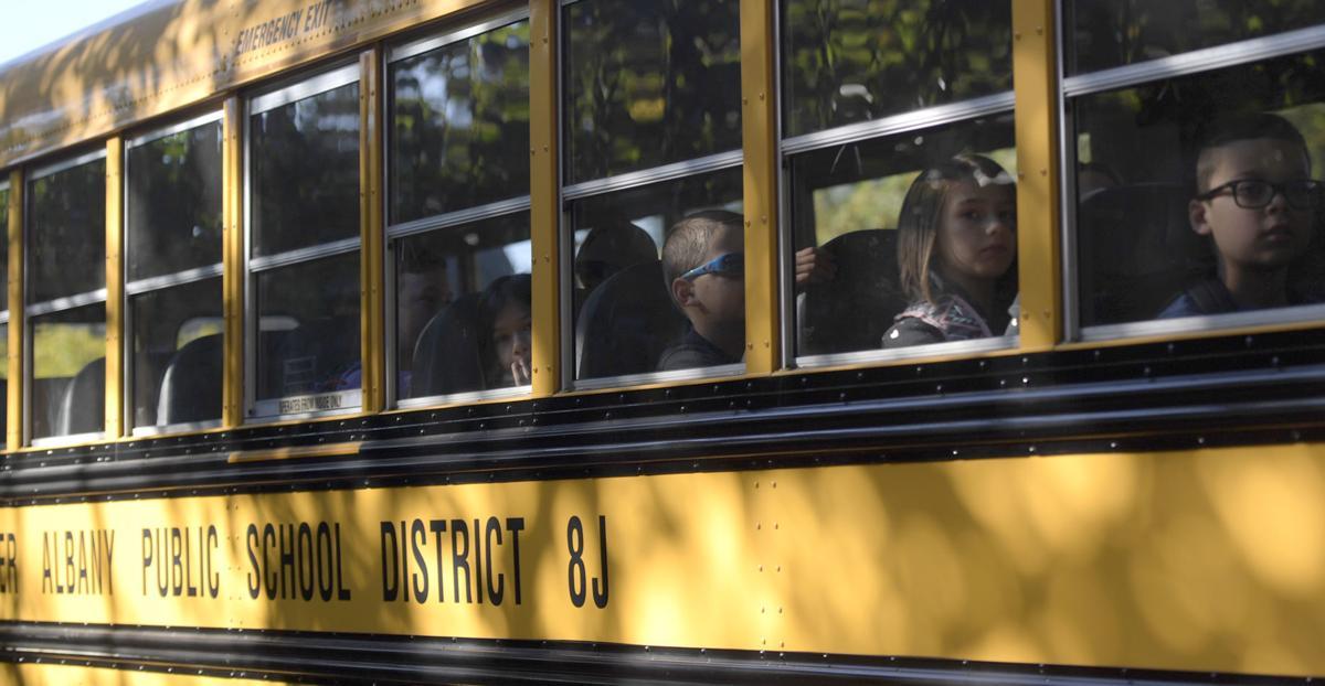 GAPS school bus 17-my (copy) STOCK PIX