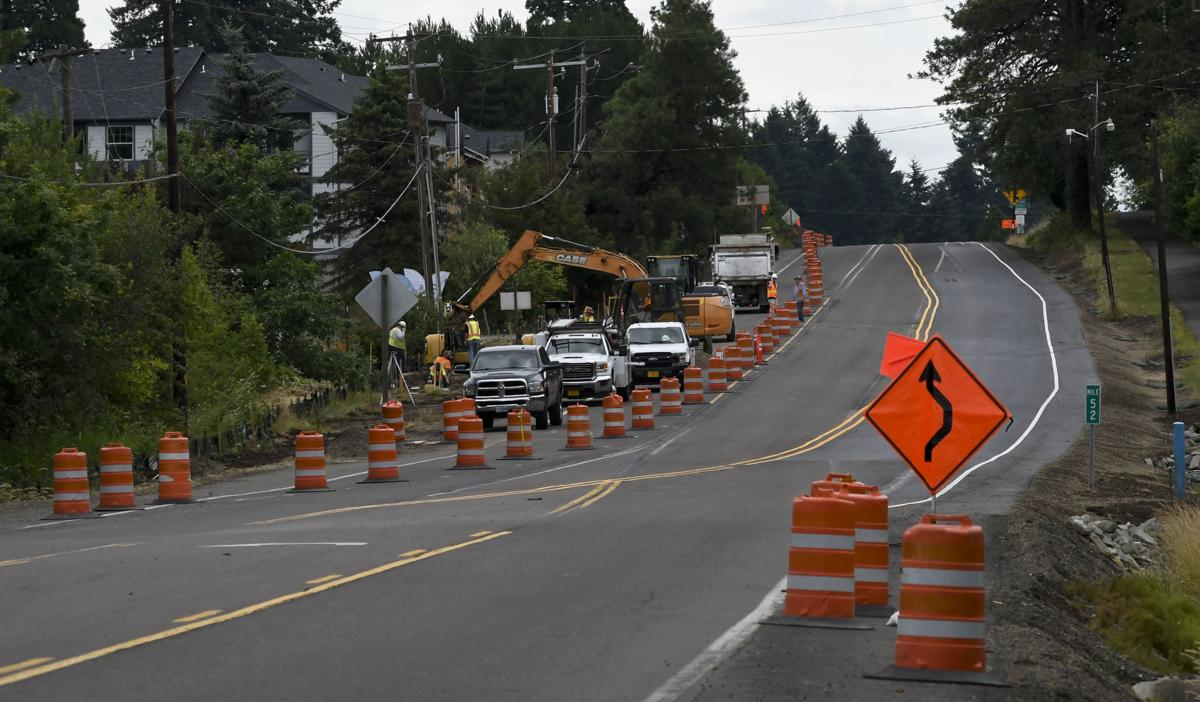 Highway 20 gas leak 02