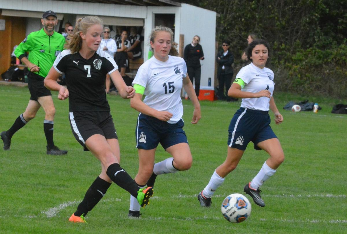 PHS girls soccer: Kaili Saathoff