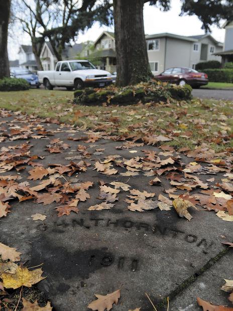 11-16 sidewalk markers2-ac.jpg