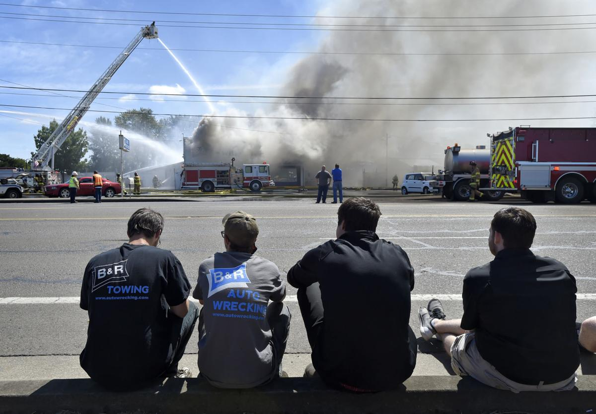 Fire Hits B R Auto Wrecking Local Gazettetimes Com