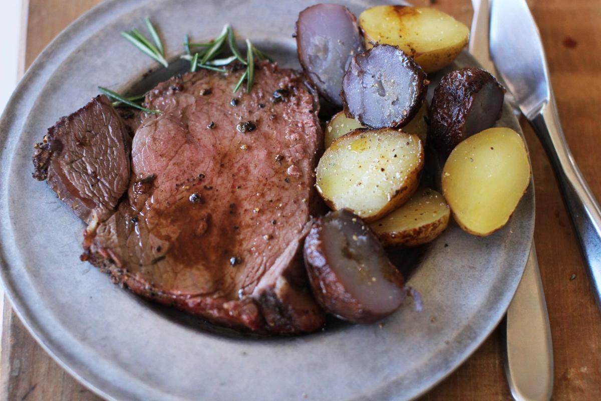 Christmas Roast Beef.Want An Easy Festive Christmas Dinner You Want Beef Roast