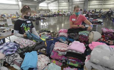 091520-adh-nws-Linn County evacuation Center02-my