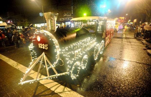11-24 Holiday Parade ABC1.jpg
