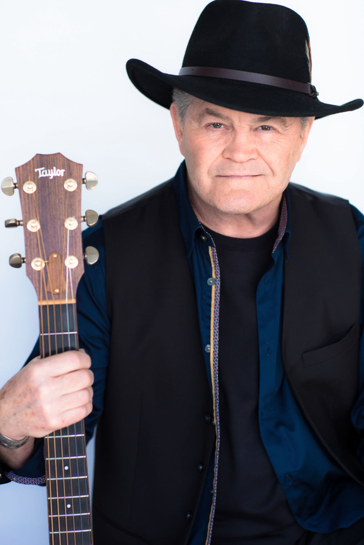 Micky Dolenz to bring Monkees hits to Benton County Fair  84d45ce2ebb4