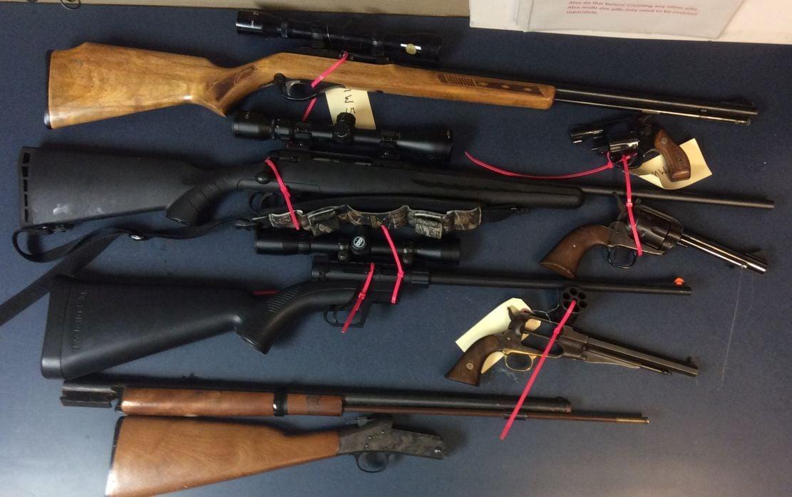 Linn County Swat Unit Confiscates Weapons Gazettetimes