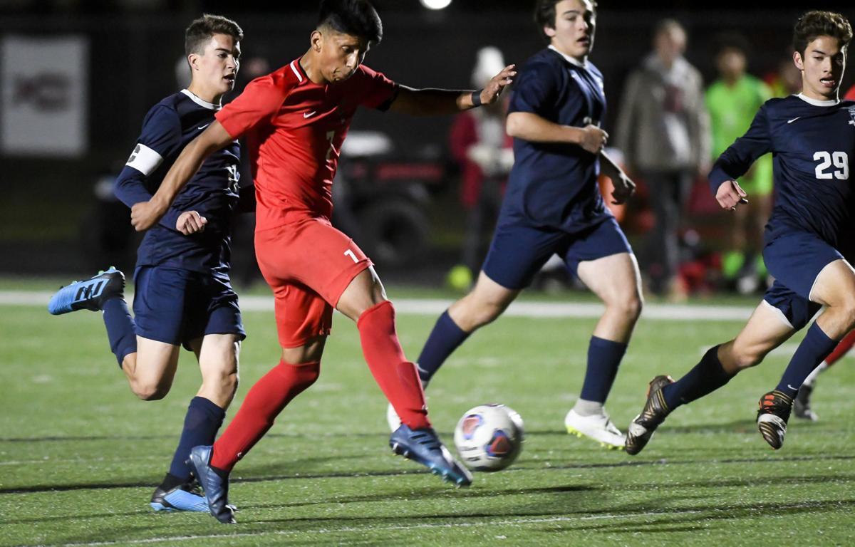 SAHS vs WAHS Boys Soccer 01