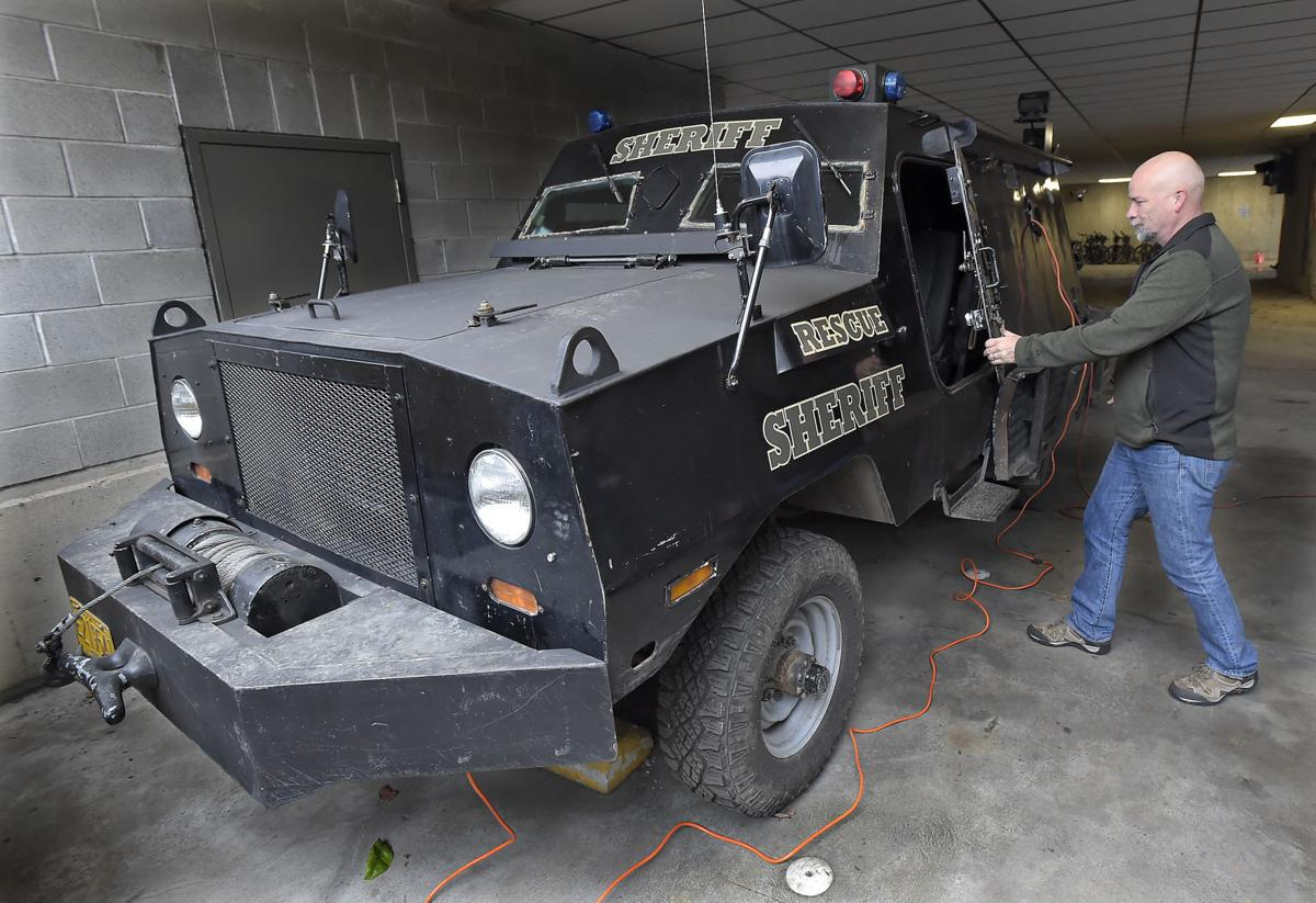 benton county sheriff 39 s office acquires armored vehicle local. Black Bedroom Furniture Sets. Home Design Ideas