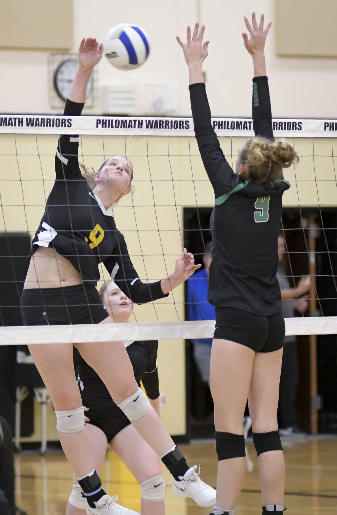 Gallery: Sweet Home at Philomath volleyball 02